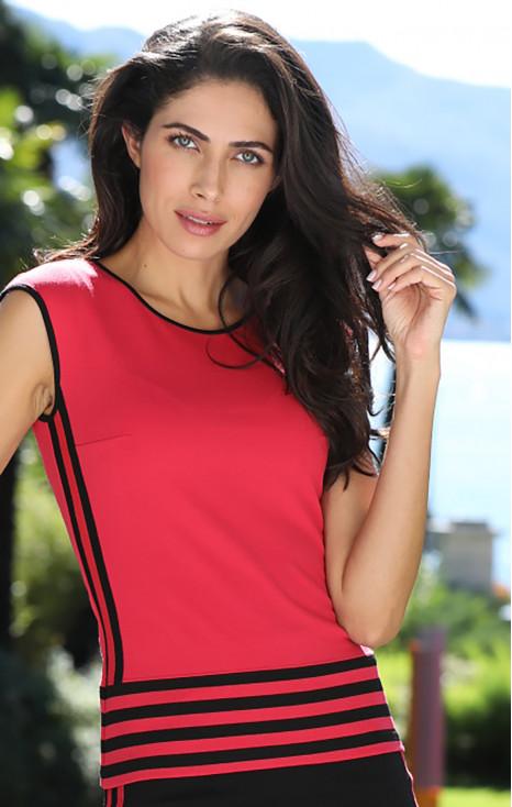 Блуза с акцент в райе