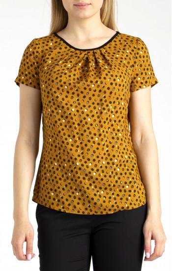 Елегантна блуза в свободен силует от вискоза с чупки