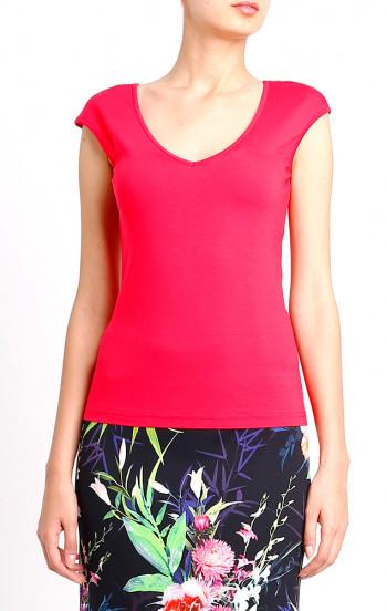 Блуза с V-образно деколте.