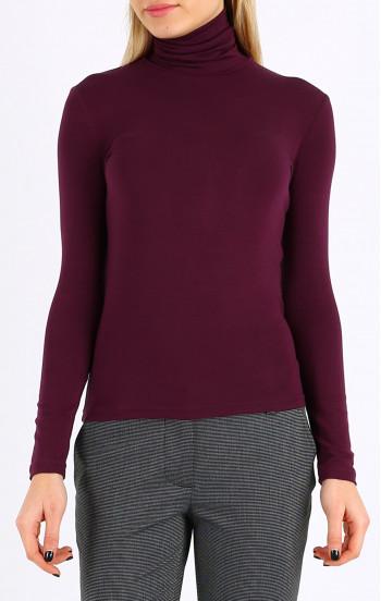 Класическа блуза с висока поло яка