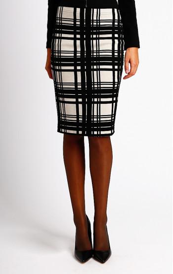 Елегантна пола в черно-бяло каре