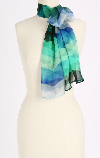 Ефирен шал от естествена коприна