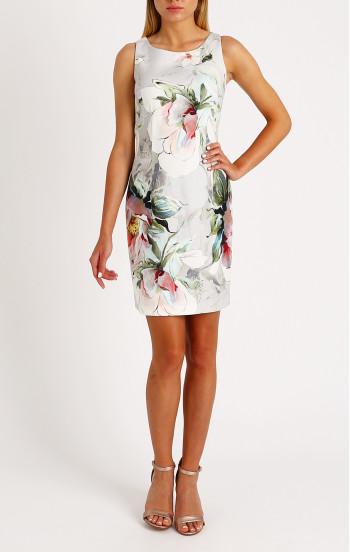 Елегантна рокля във флорален принт