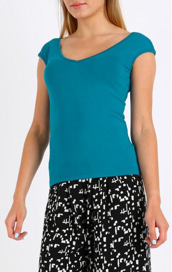 Вталена блуза с V-образно деколте