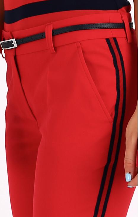 Елегантен панталон с декоративни кантове