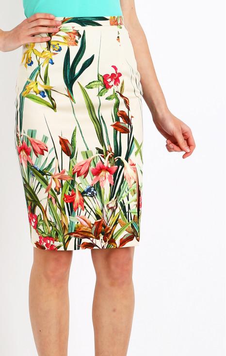 Красива пола с асиметрична цепка