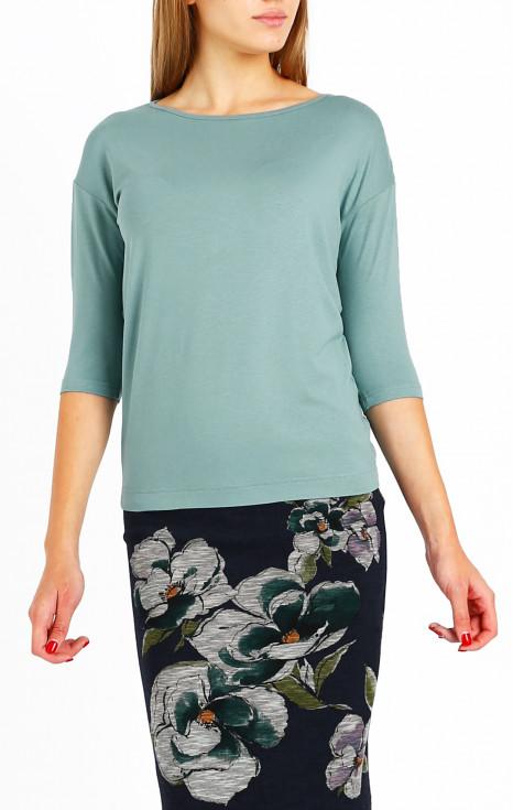 Елегантна блуза с лодка деколте и 3/4 ръкав