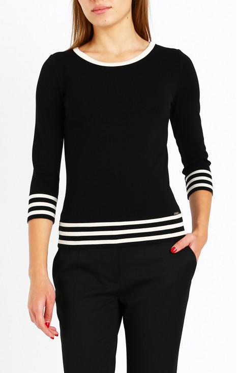 Ефектна блуза с лого и райе