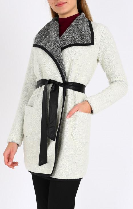 Елегантна дълга плетена жилетка