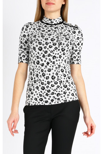 Блуза с поло яка и акцент на рамото