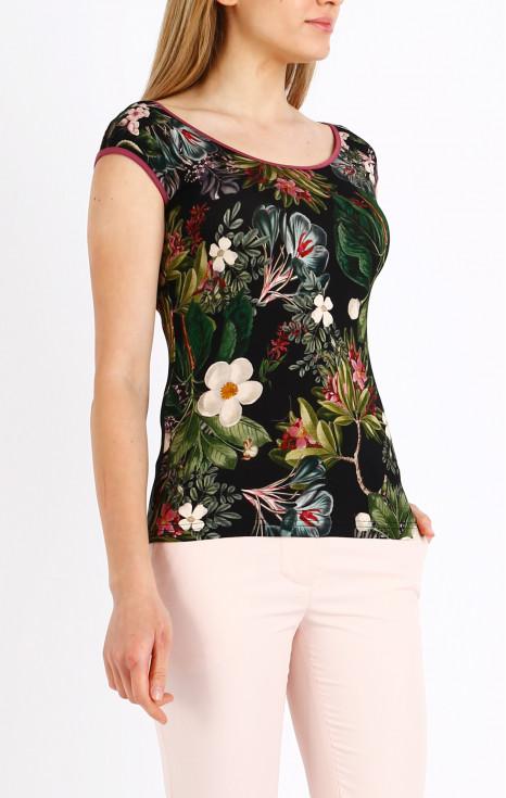 Вталена блуза с флорален десен