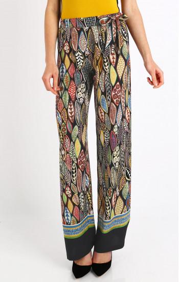 Ефирен панталон в свободен силует