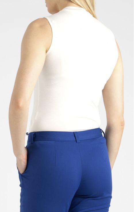 Блуза с декорация от перли Swarovski