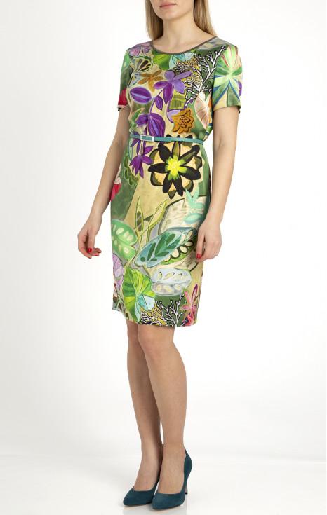 Елегантна права рокля от сатенирана вискоза